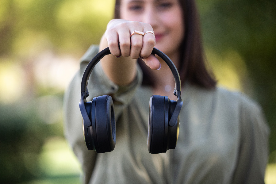 Awei Bluetooth Headphones A780BL διαφημιστικό 1