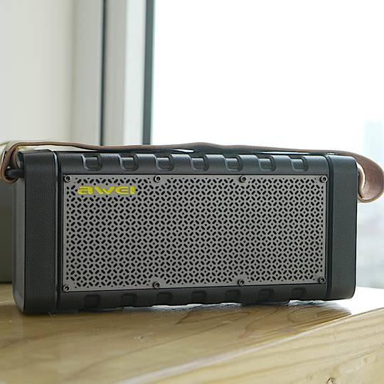 Awei Portable Bluetooth Speaker με Power Βank Y668 διαφημιστικό 1